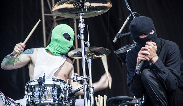 "Twenty One Pilots Release New Single ""Levitate"" and Reveal Track List for 'Trench'"